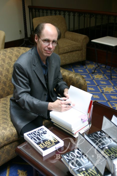 Jeffery Deaver signing