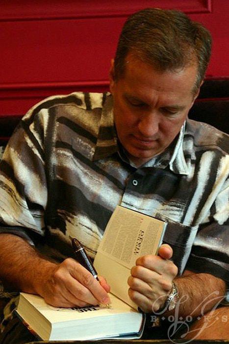 Author James Rollins Bio and Signed Books - VJ Books