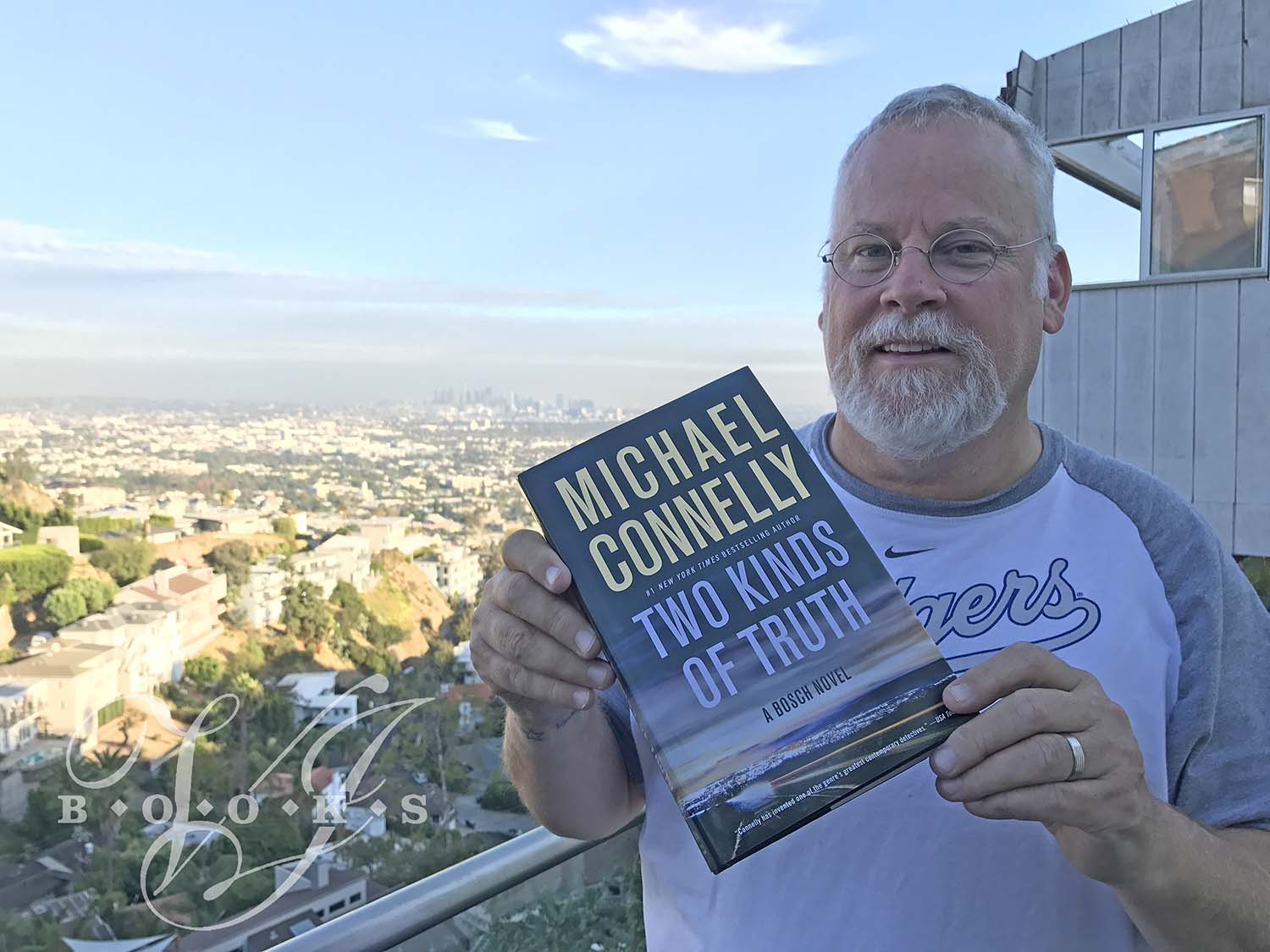 michael connelly  Author Michael Connelly Bio and Signed Books - VJ Books